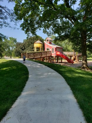 Cantigy barrn playground